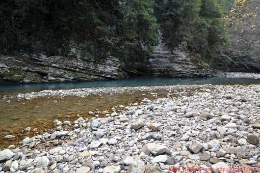 река Хоста 005