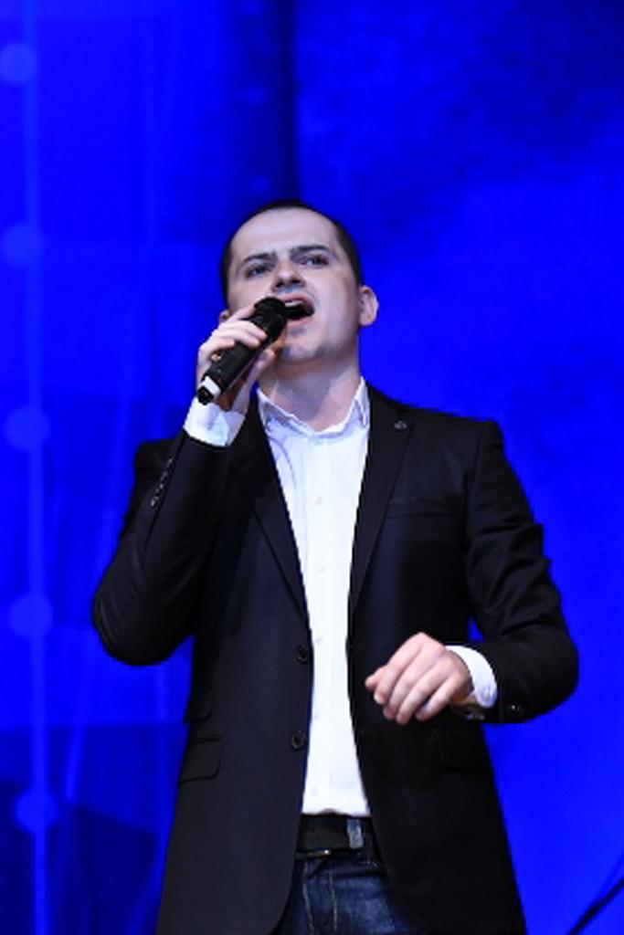 Леонид Алексеенко