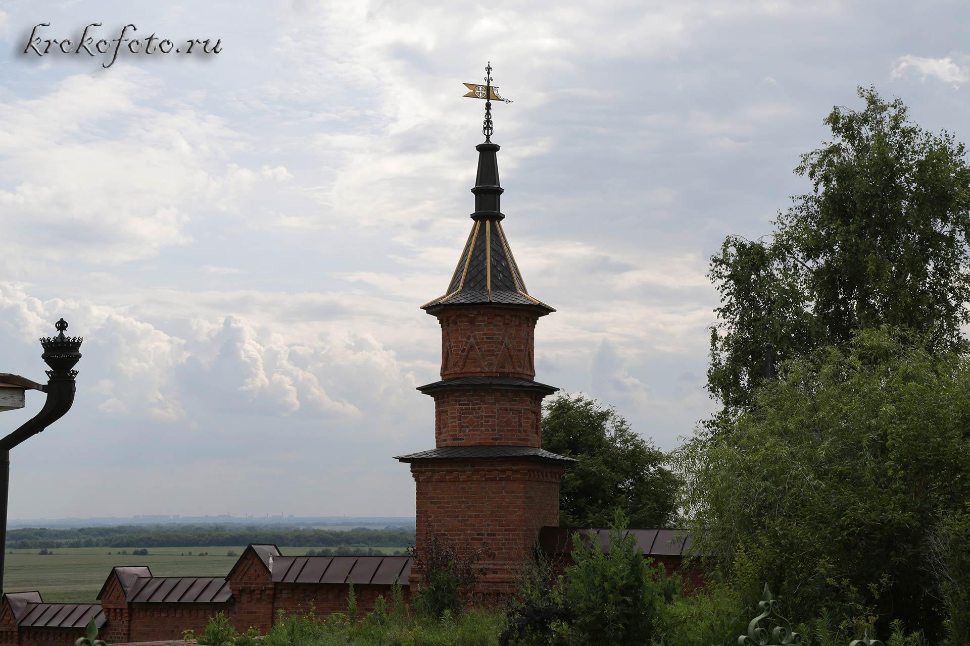 монастырь 28