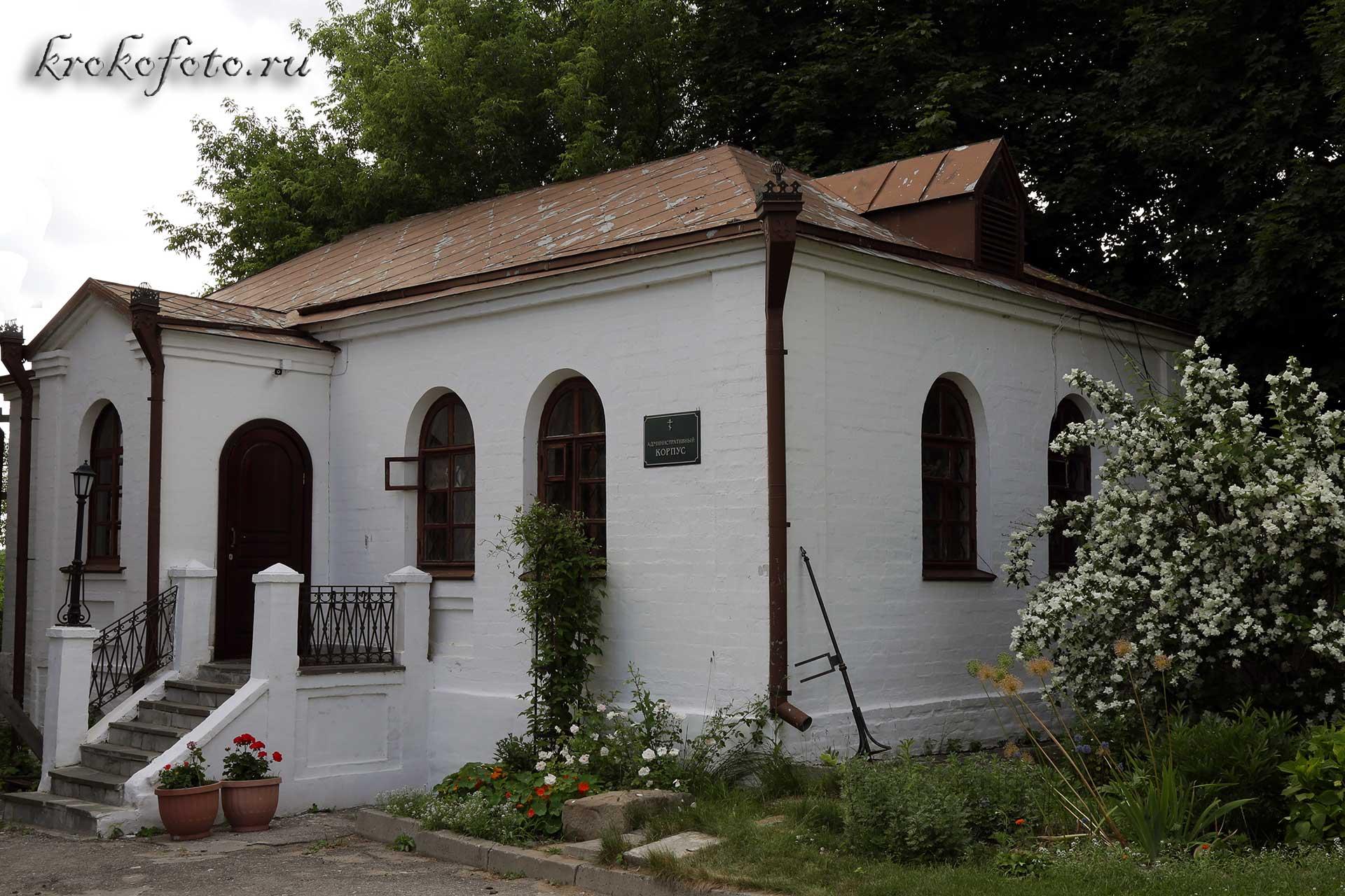 монастырь 9